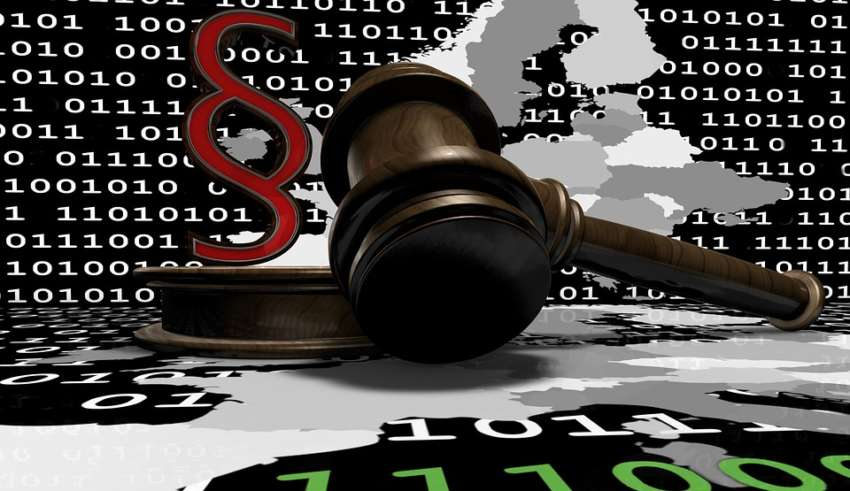 7 Ways How Technology Is Transforming the Legal Industry