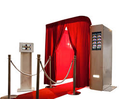 How to get hire the Photo booth services?