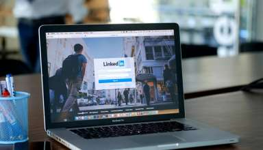 7 Powerful Tips To Create An Effective Attorney LinkedIn Profile