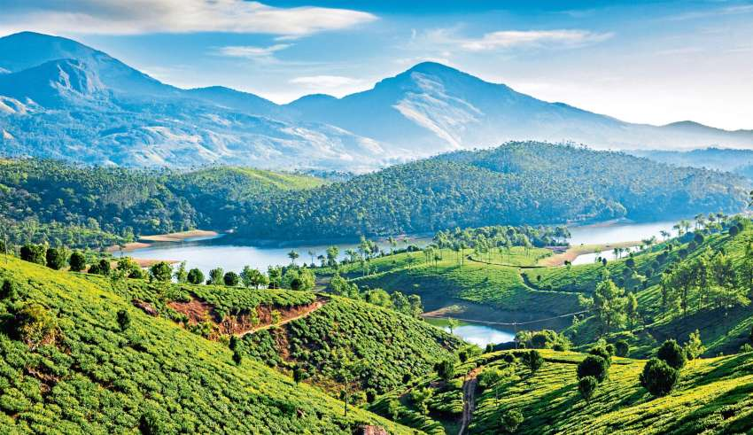 Pay a Visit to the 10 Most Iconic Tourist Places in Kerala