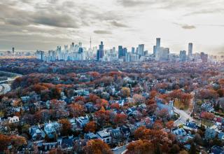 neighbourhoods in Toronto