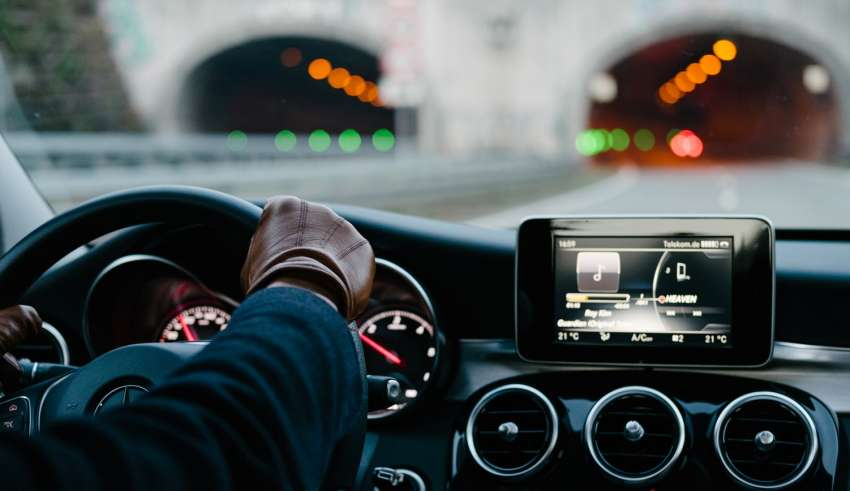 5 Ways IoT Is Taking Over The Automobile Industry