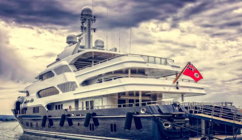 Advantages of Owning a Yachts Chartering Vs. Owning
