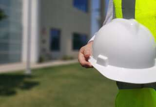 Common Mistakes to Avoid While Choosing Protective Work Wear
